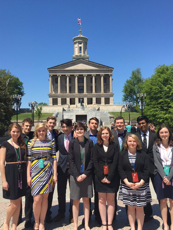 Summit students earn high marks at Youth in Government